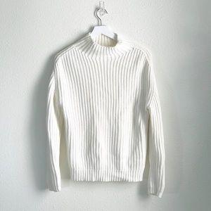 GAP Cream Knit Pullover Sweater